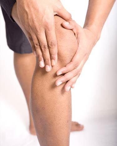 Ревматоидный артрит коленного сустава: причины, симптомы и лечение