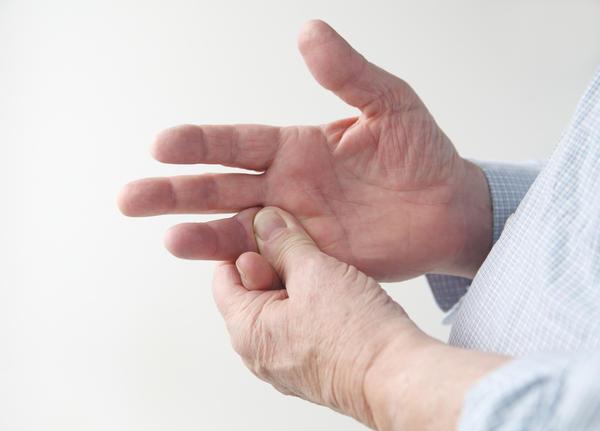 Гигрома запястья (ФОТО): причины возникновения и лечение народными средствами, код по МКБ-10