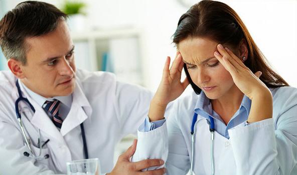 Серопозитивный ревматоидный артрит: чем отличается от серонегативного, как лечить