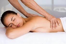 Можно ли делать массаж при остеопорозе костей: полезные рекомендации