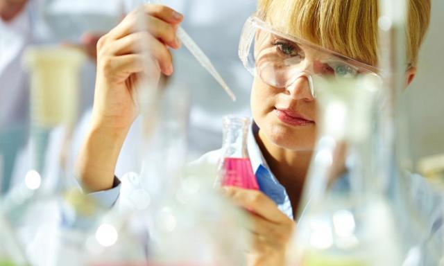 Медикаментозное лечение ревматоидного артрита: обзор препаратов
