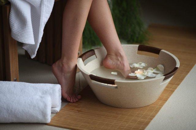Ванны при подагре: особенности солевых ванночек, содовых и радоновых