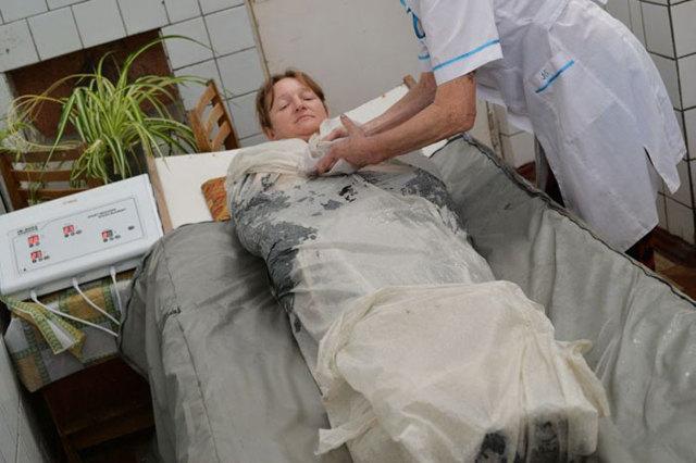 Лечебная грязь для суставов: способ применения