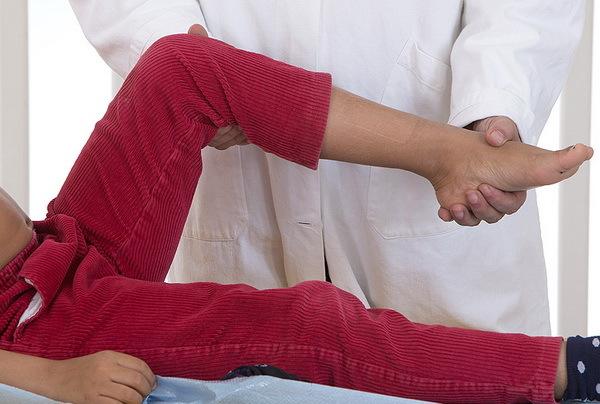 Ювенильный ревматоидный артрит у детей: симптомы и лечение, прогноз и рекомендации
